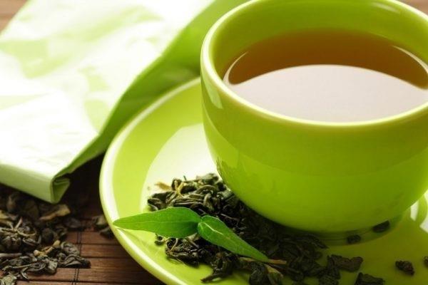 Крепкий чай повышает давление или понижает, крепкий сладкий чай повышает или понижает давление.